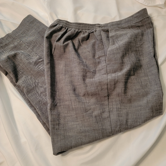 Alfred Dunner ladies plus size grey dress pants